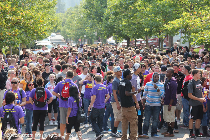 Students amass on College Avenue before Pass Through the Pillars, Sept. 24, 2012.
